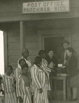Female prisoners at Parchman post office