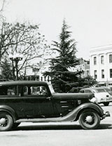 Cars on Square
